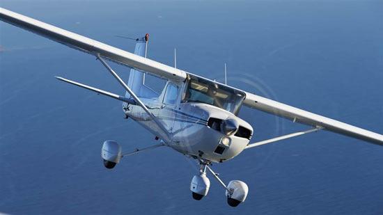 Полет с двуместен самолеат